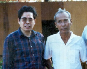 Ta Mok (right) with Chinese advisor during the 1980s. (Source: Documentation Center of Cambodia Archives)